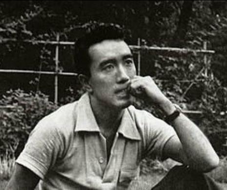 Au vrut să-i dea Premiul Nobel pentru literatură, el a ales să fie ultimul kamikaze