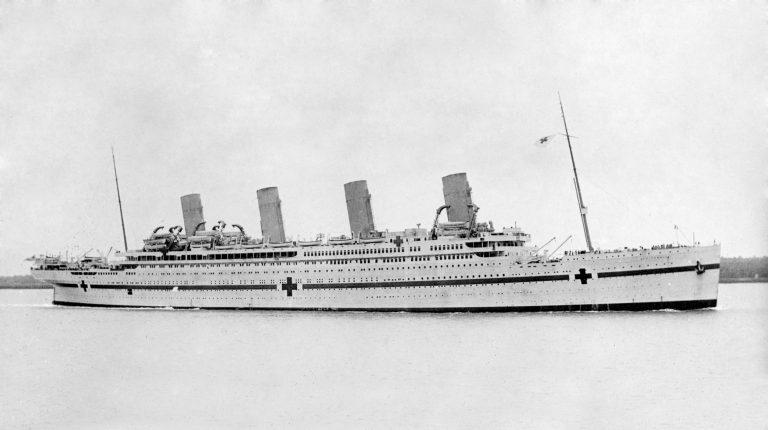 """""""Geamănul"""" Titanicului, înghiţit şi el de ape. Blestemul loveşte în Britannic (VIDEO)"""