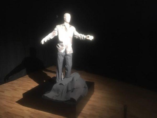 Hainele unui clujean împuşcat la Revoluţie, într-o expoziţie-eveniment la Cluj