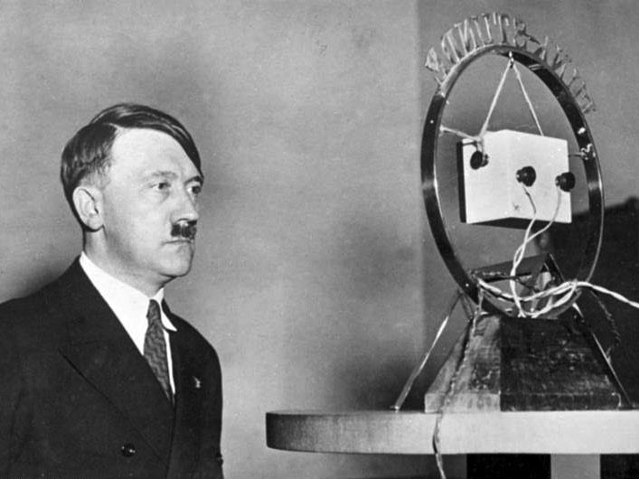 Hitler credea că SUA sunt o ţară coruptă, care va fi înfrântă uşor