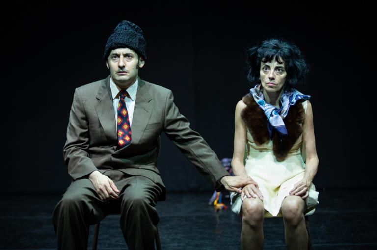 """Spectacolul """"Soţii"""", despre Nicolae şi Elena Ceauşescu, în premieră absolută la Teatrul Odeon"""