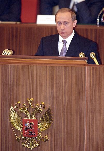 """De 20 de ani avem """"Rusia lui Putin"""". Primul discurs al lui Putin, la 31 decembrie 1999 (VIDEO)"""