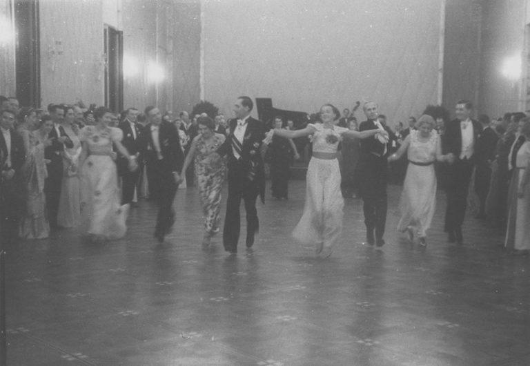 Ceremoniile primirii Corpurilor Diplomatice cu prilejul Anului Nou de președintele Franței sau țarul Rusiei la începutul secolului al XX-lea. Fotografii