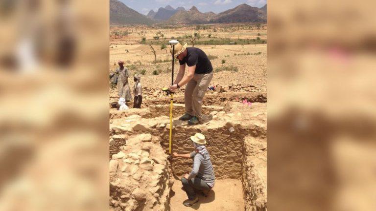 """Biserică creștină (și păgână), descoperită în """"Regatul pierdut"""" Aksum din Etiopia"""