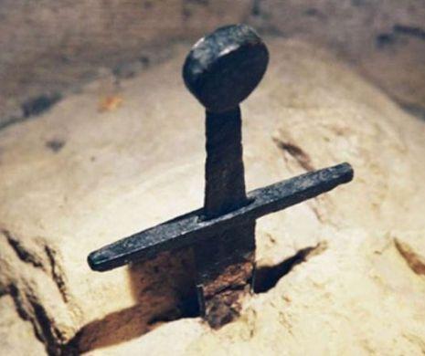 """""""Excalibur"""" există! Enigma spadei înfipte în stâncă din Toscana"""