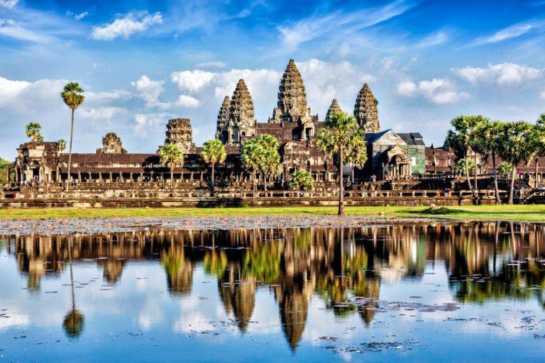 Cel mai mare complex de temple din lume riscă să se prăbușească