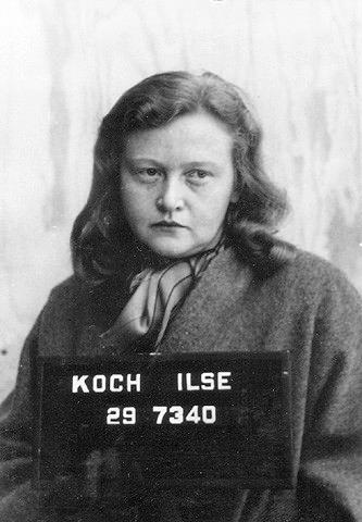 """""""Vrăjitoarea din Buchenwald"""" își făcea suveniruri din pielea celor executați"""