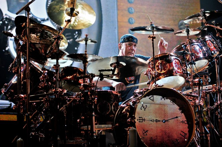 "Memoria rock'n'roll. Neil Peart, un ""Tom Sawyer"" care ne-a făcut să plutim"