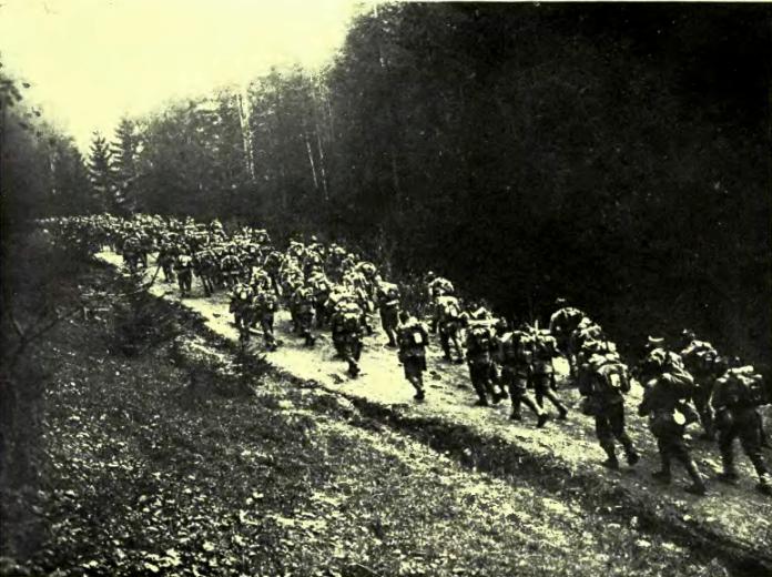 Radiografia celei mai mari înfrângeri suferite de Armata Română în istoria modernă. Comandanții și ofițerii au fugit, abandonând trupele