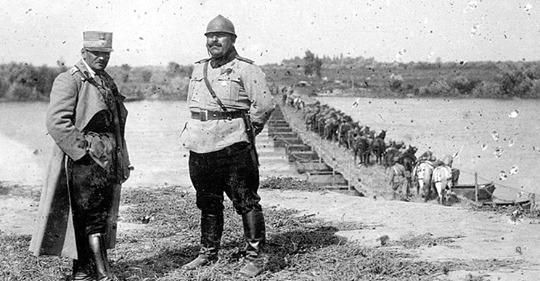 Toată povestea opincii de pe Parlamentul Ungariei, spusă de generalul Olteanu, guvernatorul militar al Budapestei