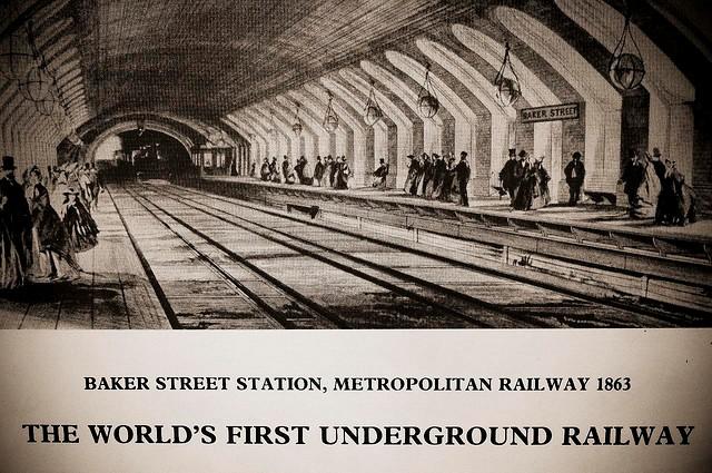 Cu ce scop s-a construit primul metrou din lume în urmă cu 170 de ani