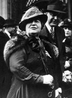 Elena Văcărescu, prima femeie primită în Academia Română
