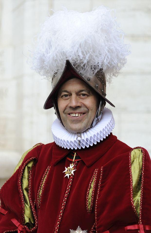 Cum poţi deveni membru al celui mai longeviv serviciu militar din istorie: Garda Elveţiană Pontificală