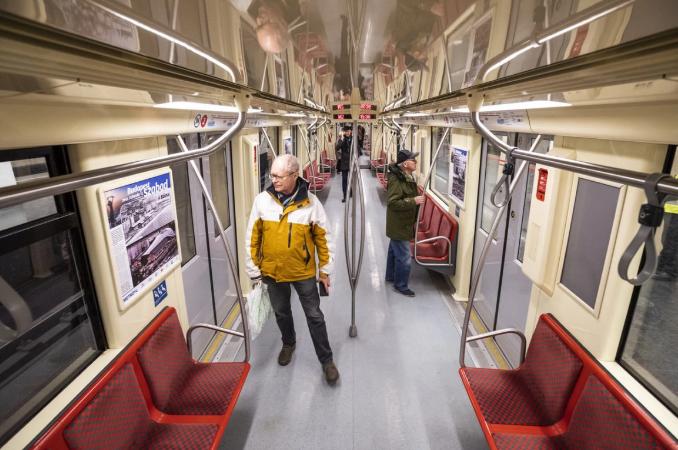 Expoziţie în vagoanele de metrou, la Budapesta, pentru comemorarea asediului din 1945