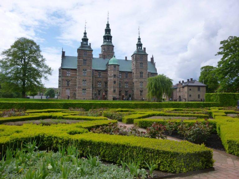 Destinația istorică de weekend: Castelul Rosenborg din Copenhaga