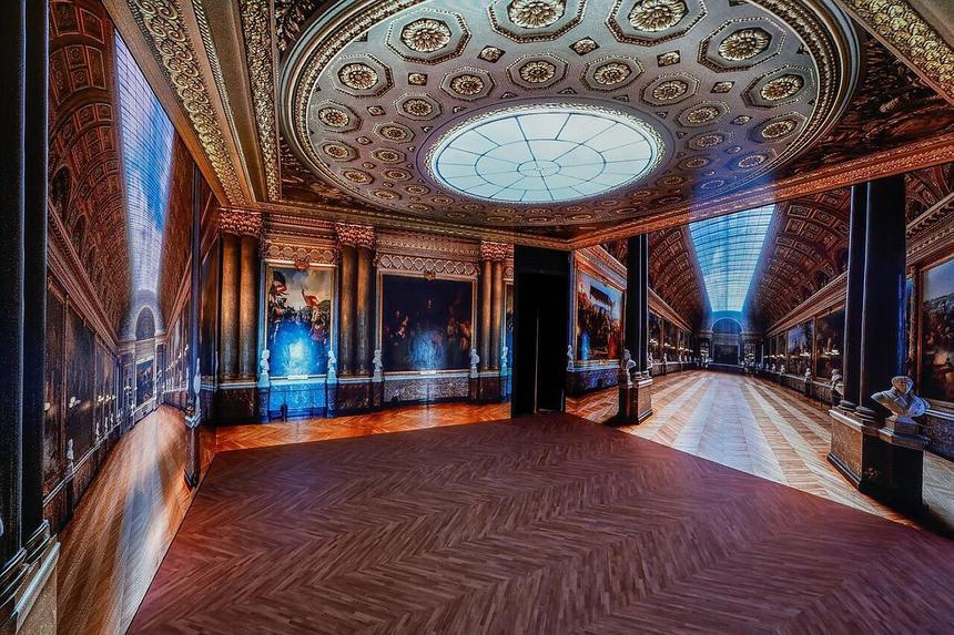 Omul in cautarea femeii Versailles