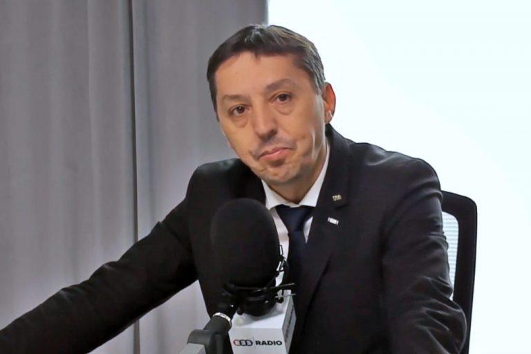 """Ghid practic despre schimbarea stilului de viață în perioada epidemiei de coronavirus propus de rectorul Universității """"Babeș-Bolyai"""