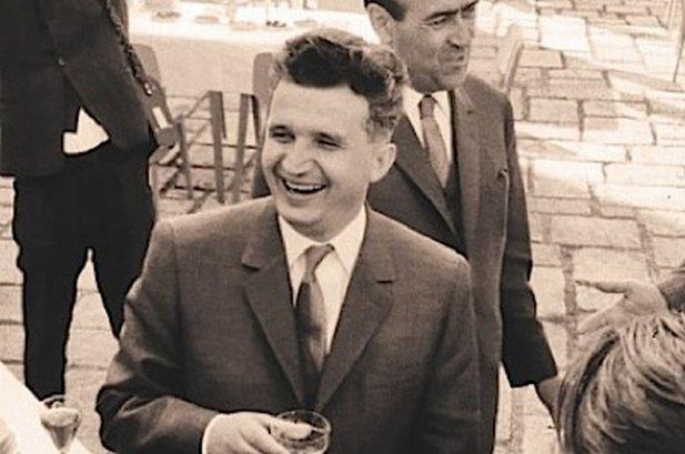 Ceauşescu, un corporatist distrat şi dovada Bucureştiului luxos şi depravat