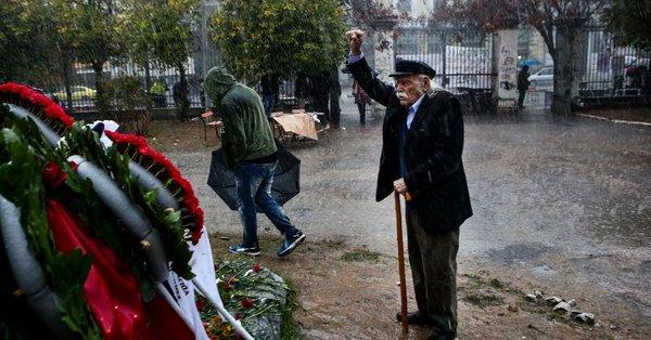 Grecia și-a pierdut simbolul luptei anti-naziste