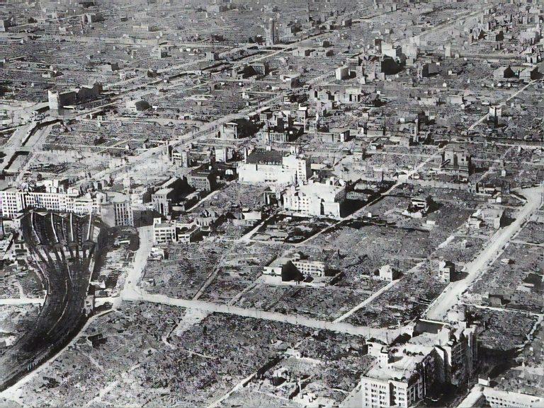 De ce a plătit Osaka cu 10.000 de morți