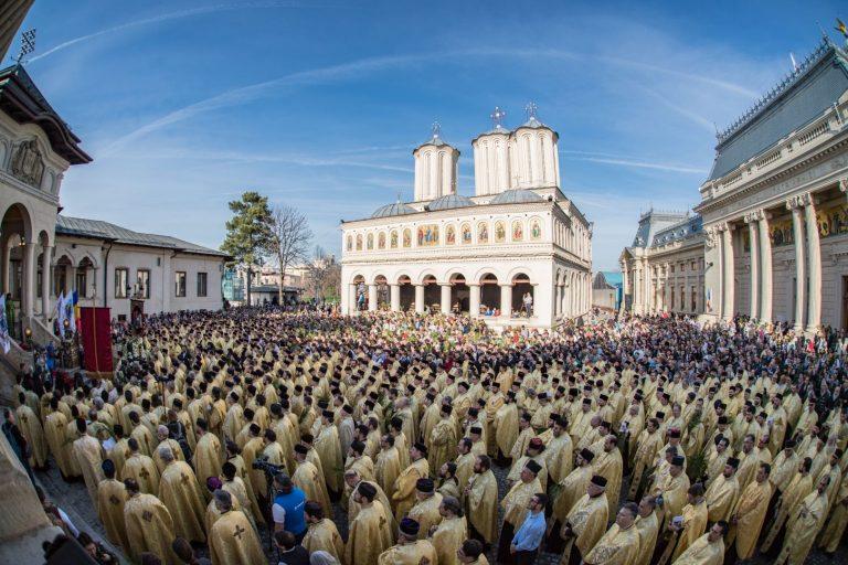 Biserica noastră de milioane. Donațiile BOR pentru cei afectați de COVID-19