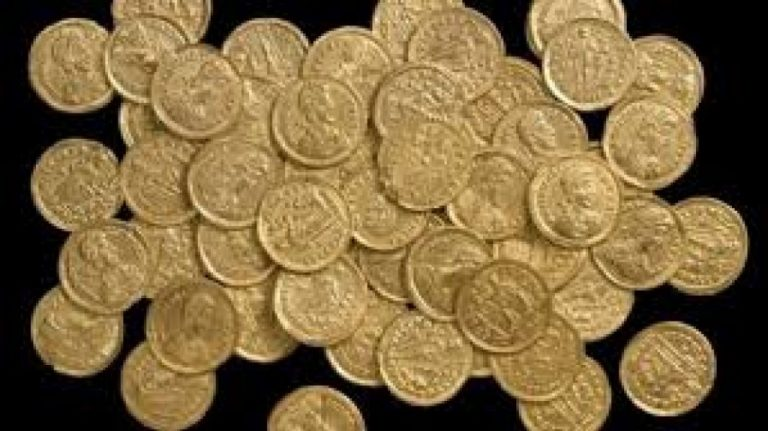 De ce a bătut Mircea cel Bătrân efigia lui Hristos pe monedele sale