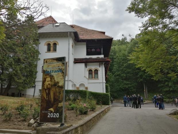 Premierul Orban a inaugurat Muzeul Naţional Brătianu în Vila Florica