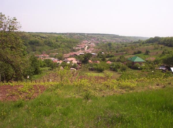 Un sat din Oltenia se făcea nevăzut când năvăleau turcii. Era adăpostul lui Andrii Popa