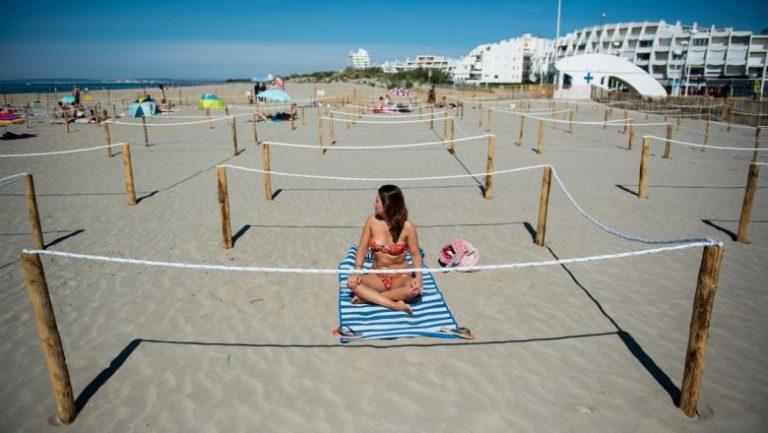 Guvernul a stabilit condițiile în care putem merge la plajă de pe 1 iunie