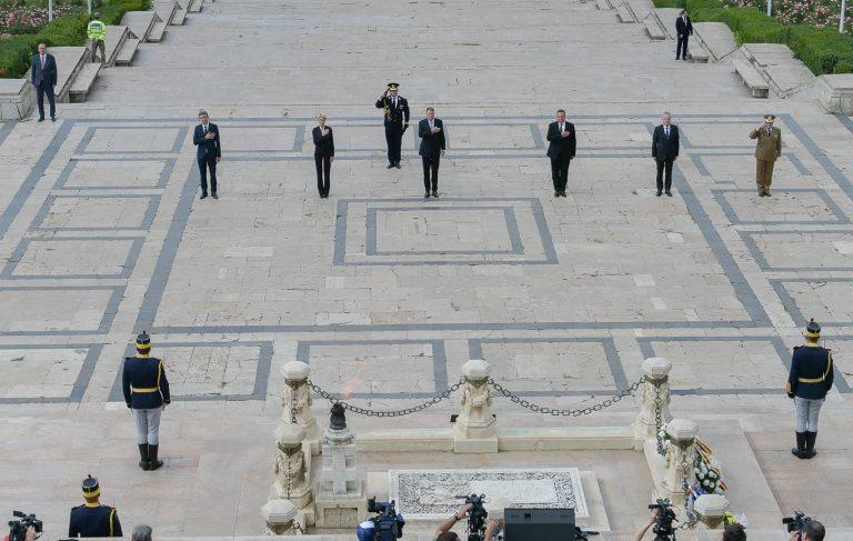 Fără precedent după căderea comunismului: Fără slujbă religioasă la ceremonia oficială de Ziua Eroilor de la Mormântul Ostașului Necunoscut