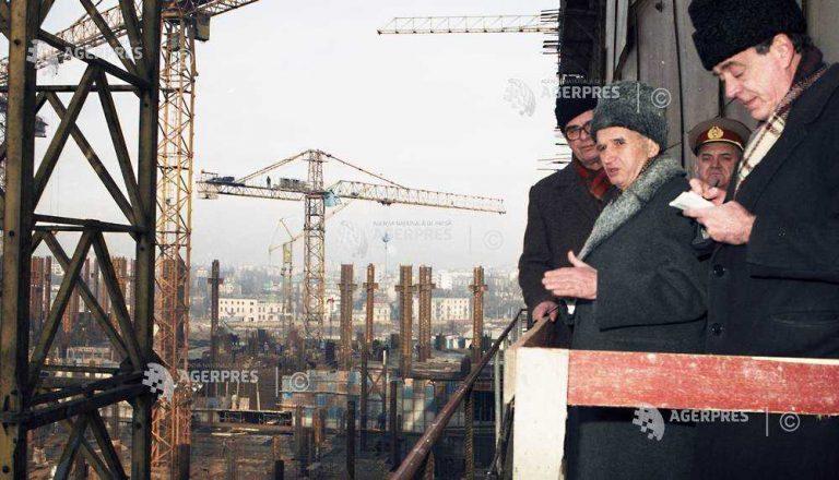 Cum era prădată Casa Poporului la aproape doi ani de la executarea soţilor Ceauşescu? Se fura inclusiv marmura!