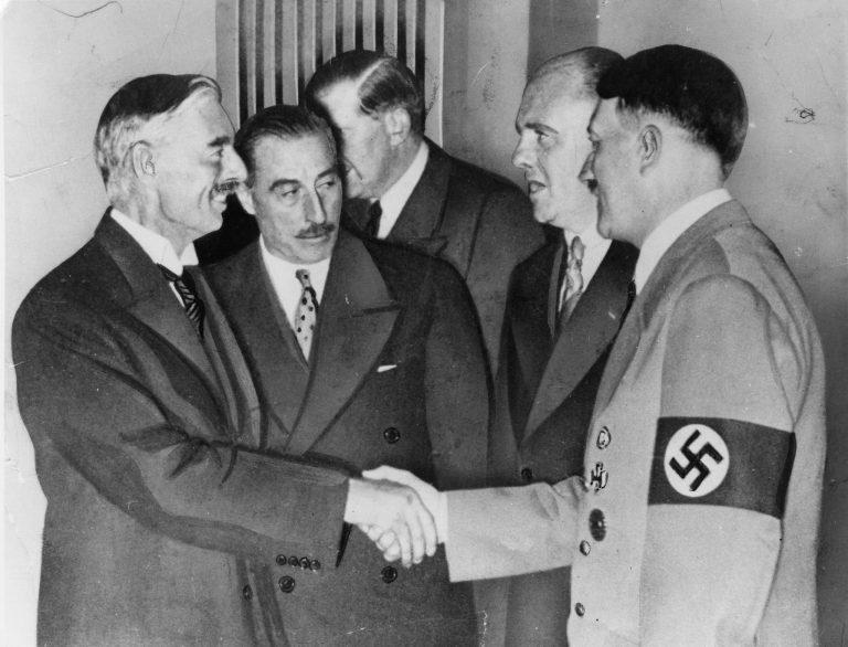 Cele 90 de minute în care Hitler era să câștige războiul