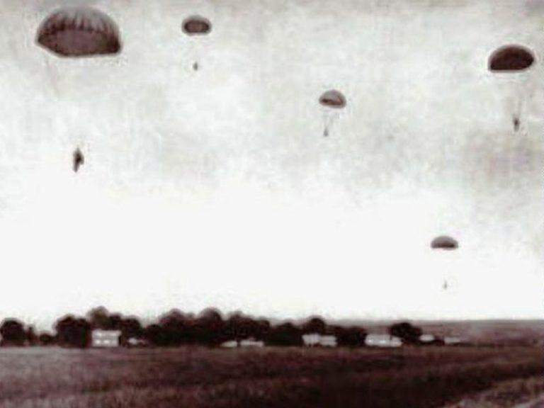 Prea lăudații parașutiști-spioni ai Armatei Roșii cad ca muștele în mâinile românilor