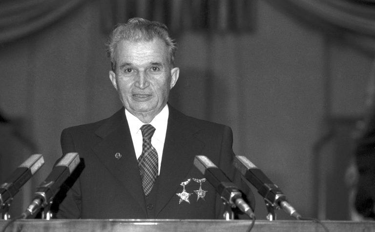 """Vocea poporului: """"Ceauşescu este un om fără inimă care a condus cu metode medievale."""""""