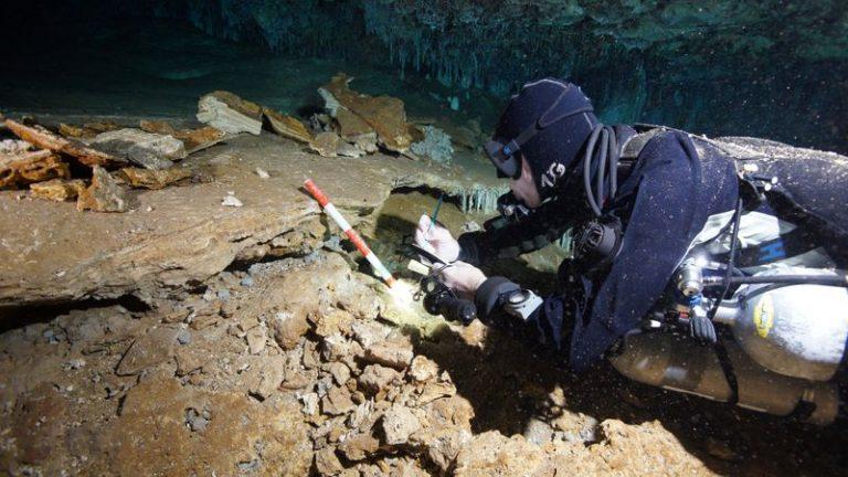 Mine de ocru de acum 12.000 de ani au fost descoperite în ocean