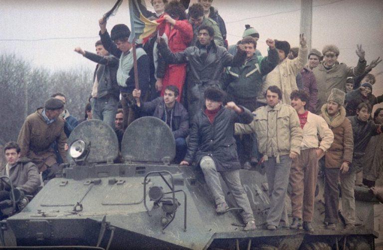 Ceauşescu a avut parte de o surpriză neplăcută din partea tanchiştilor Armatei, la 20 decembrie 1989