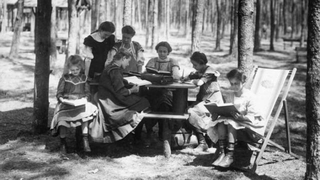 Mai ceva decât COVID-19, Moartea Albă era tratată cu aer proaspăt în școlile forestiere