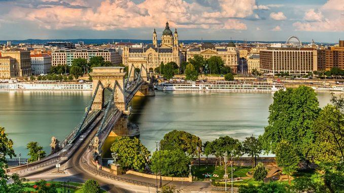 Monumentul femeilor violate în războaie va fi ridicat la Budapesta