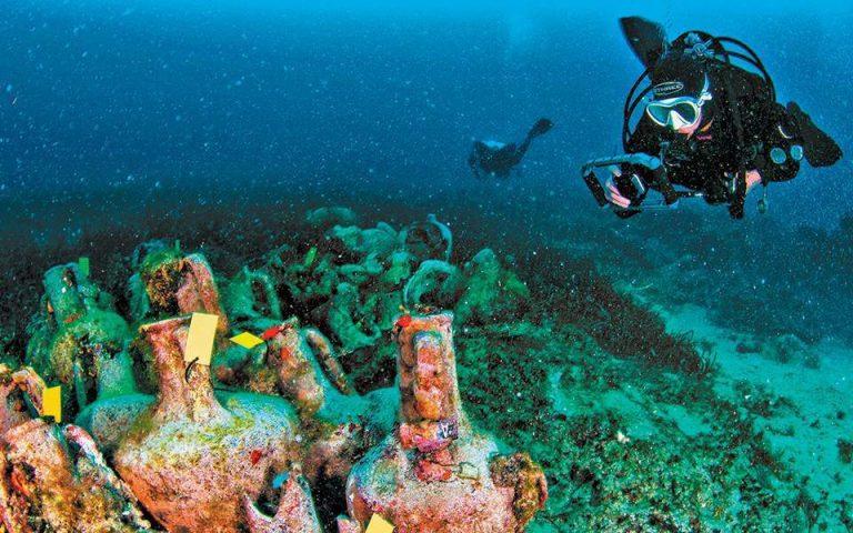 Grecia a inaugurat sâmbătă primul muzeu subacvatic într-o epavă