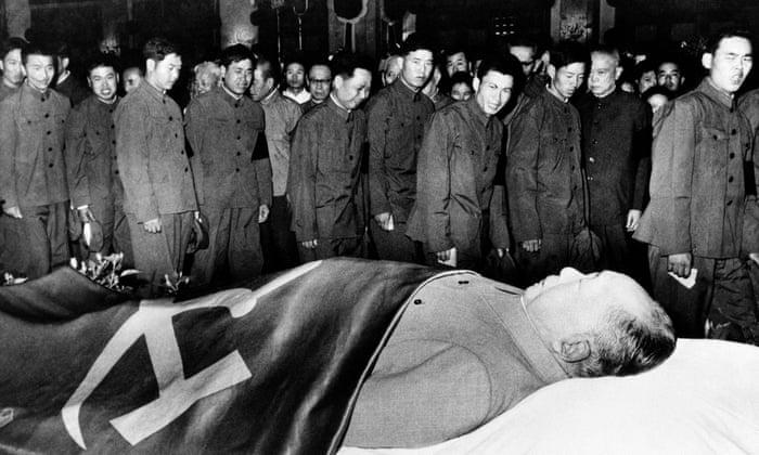 Înmormântarea la care au tăcut peste 800 de milioane de oameni