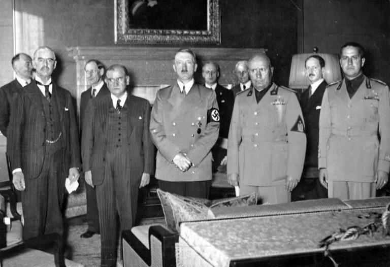 Poetul de Nobel căruia Guvernul de la Vichy i-a retras cetăţenia franceză