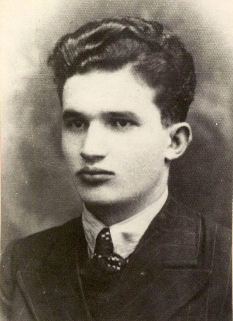 Marele secret din tinereţea lui Ceauşescu. Există o singură dovadă în acest sens