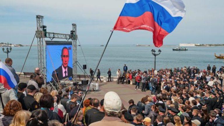 Putin ridică tonul la SUA: Să stea, pentru binele lor, departe de Rusia şi Crimeea!