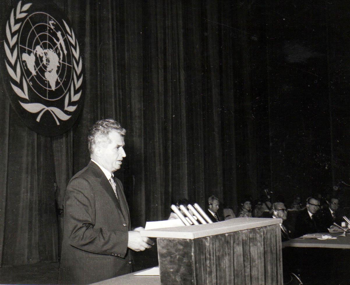Pâinea l-a făcut pe Ceauşescu să-şi schimbe decizia